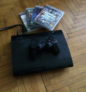 Sony Playstation 3 Super Slim + 4 игры