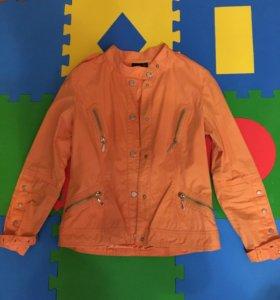 Тонкая куртка ветровка, размер 42-44