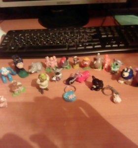 Маленькие игрушки