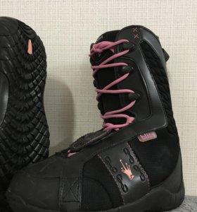 Ботинки для сноуборда женские