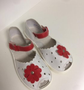 Новые сандали. Размеры 17;16,5;18;18,5