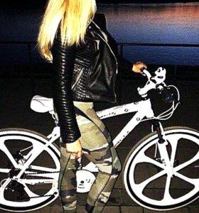 Велосипед BMW литые диски