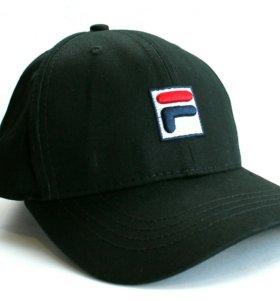 Черная кепка Fila logo