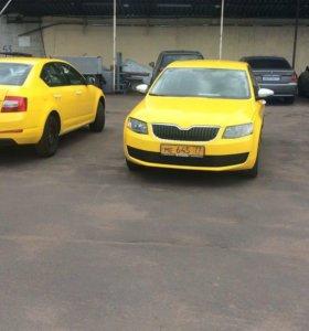 Оклейка автомобиля такси