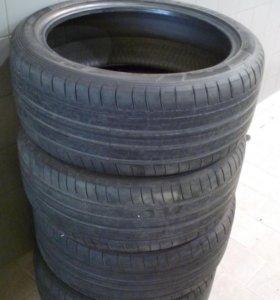 Шины Dunlop 265/40R21