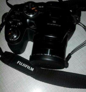 Fujifilm finePix S2980 фотоапарат