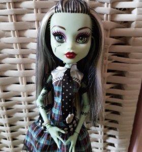 Кукла Monster High базовая перевыпуск Фрэнки Штейн