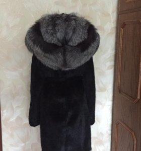 Норковая шуба с капюшоном из чернобурки р 42-44