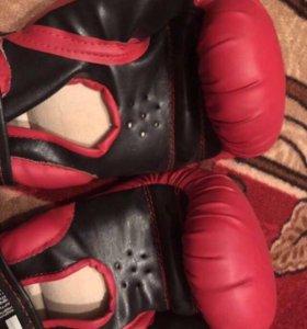 Новые перчатки боксерские