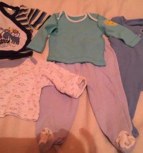 Вещи пакетом на мальчика от 1 - 3 месяцев