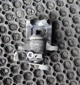 Супорт задний фольцваген пассат б5 б5+ ауди а6 а4