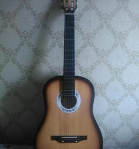 Классическая гитара, размер деки 20.