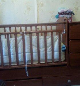 Детская кроватка трансформер с маятниками
