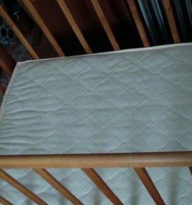 Продам детскую кроватку с ортопедическим матрасом