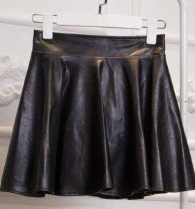 Кожаная новая юбка