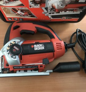 Лобзик Black & Decker KS900S