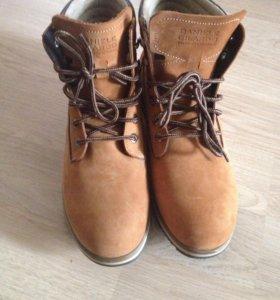 Ботинки осенние. Новые!
