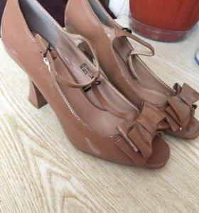 Обувь р38-39