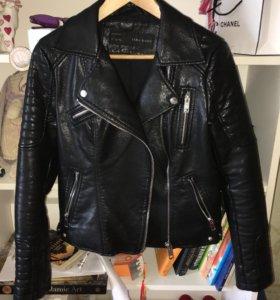 Куртка Zara из кожзаменителя