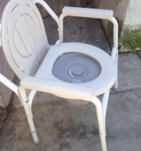 Новое санитарное кресло-стул