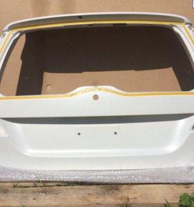Дверь багажника Volvo xc 70