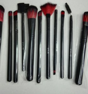 Набор кистей для макияжа kylie (доставка)