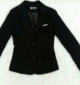 Пиджак школьный для девочек девушек чёрный плотный