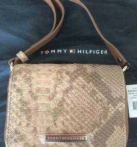 Сумка Tommy Hilfiger Nina Mini Flap новая с чехлом
