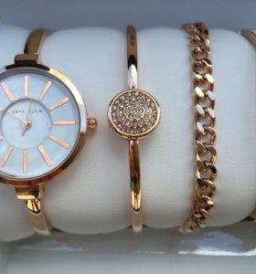 Часы с браслетами Anne Klein