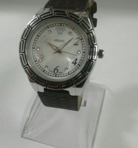 Новые женские часы Versace кварцевые