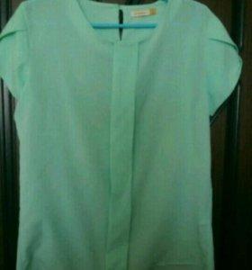 Мятная блуза