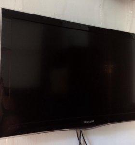 """Телевизор Samsung 38"""""""