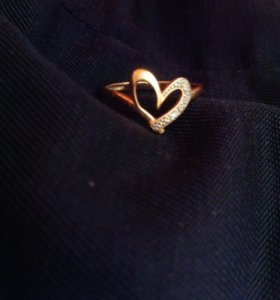 Золото, Колечко, сердечко с бриллиантиком