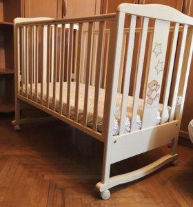 Кроватка детская Bambolini