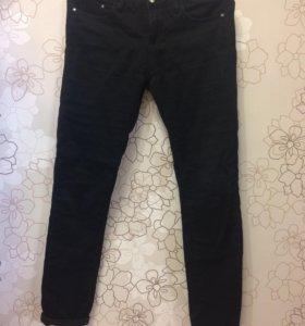 Чёрные брюки