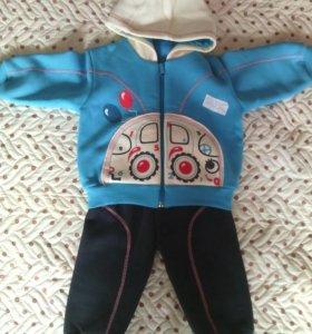 Тёплый костюм на мальчика новый