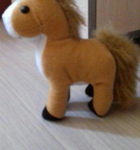 Мягкая игрушка лашадь