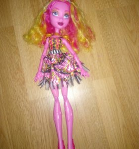 Кукла Monster High . Гулиопа. Фриковое шоу.