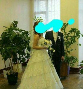 Платье свадебное размер 48-50, полушубок, туфли