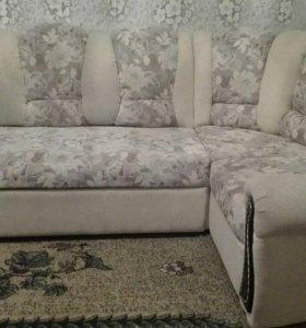 Мягкий уголок - диван