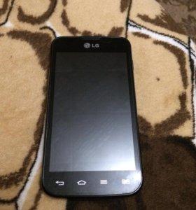 Смартфон LG-E455