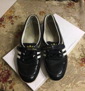 Обувь мужская (балетки)