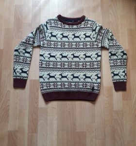Зимний свитер с оленями