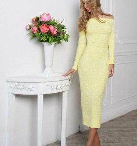 Платье нежное желтое новое