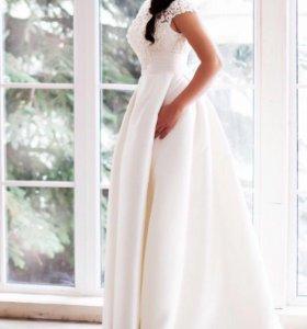 Шикарное свадебное платье в 1 экземпляре 44-50