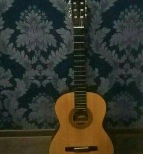 Гитара Hohner HC06 (+5 бесплатных урока)