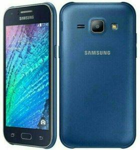 Samsung Galaxy j1 синего цвета