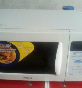 Микроволновая печь гриль