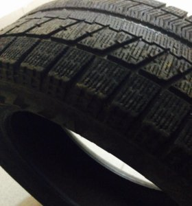 Bridgestone Blizzak R16