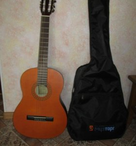 Продам гитару, BarcelonaCG20